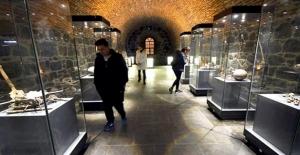 Kars'taki İnteraktif Müzeye Ziyaretçi Akını
