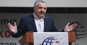 Bakan Arslan: PTT Messenger'ın Testleri Başarıyla Sonuçlandı