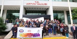 """""""Biz Anadoluyuz Projesi"""" İle Buluşup Birlikte Halay Çektiler"""