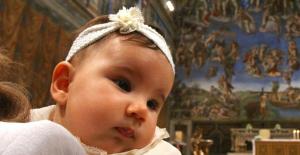 Kız Çocuklarına Mavi İsmini Veren Aile Mahkemelik Oldu: Adını Değiştirin!