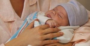 Annelere 1,4 Milyar Lira Doğum Yardımı