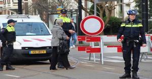 Hollanda'da 1 Ölü 3 Yaralı