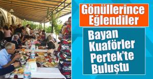 """""""ESNAFLARIMIZA HİZMET ETTİKÇE ÇOK MUTLU OLUYORUZ"""""""