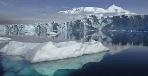Antarktika'da Gizli Dağ ve Vadiler Keşfedildi