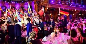 İsveç'te Düzenlenen Yarışmada Türk Öğrenciden Büyük Başarı