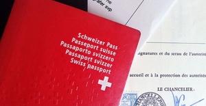 İsviçre'de Tokalaşmayı Reddeden Müslüman Çifte Vatandaşlık Verilmedi
