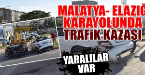 Malatya-Elazığ Karayolunda 2 Araç Çarpıştı