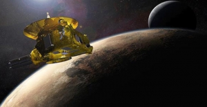 NASA'nın Uzay Aracı Güneş Sistemi'nde Morötesi Parıltı Tespit Etti