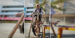 Yarım Asırdır Sokak Sokak Gezerek Bileyicilik Yapıyor