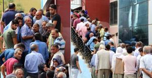 Asgari Ücretli İş İçin, Binlerce Kişi İŞKUR Binası Önünde Sıraya Girdi
