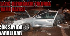 Gece Yarısı Gözeli Kavşağında Trafik Kazası!