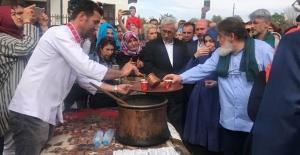 Mevlana'nın 811. doğum yıl dönümü dolayısıyla Konya'da etkinlik düzenlendi