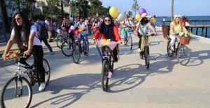 """Ordu'da """"Süslü Kadınlar Bisiklet Turu"""" yapıldı"""