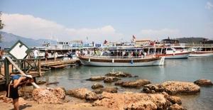 Sedir Adası turistlerden yoğun ilgi görüyor