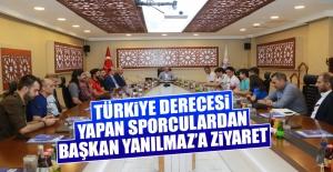 Türkiye Derecesi Yapan Sporculardan Başkan Yanılmaz'a Ziyaret