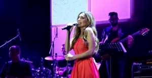 Yunan şarkıcı Despina Vandi İstanbul'da konser verdi