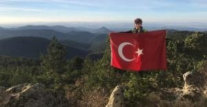 Cumhuriyetin 95. yılı için bin 670 metrede Türk bayrağı açtılar