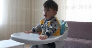 Down sendromlu Mert bebek duyabilmek için yardım bekliyor