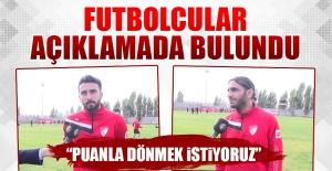 Futbolcular Antrenman Öncesi Açıklamada Bulundu