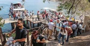 İranlılar en çok Türkiye'ye geliyor