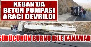 Keban'da Beton Pompası Aracı Devrildi