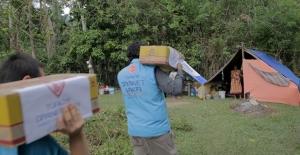 Limpoa'daki Afetzedelere İlk İnsani Yardım Türkiye Diyanet Vakfından