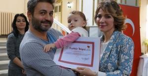 İzmir'de organ bağışlayan ailelerle nakil olan hastalar buluştu