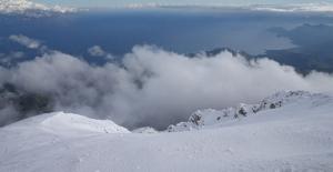 """Antalya'da iki mevsim bir arada """"zirvede kayak, sahilde deniz keyfi"""""""