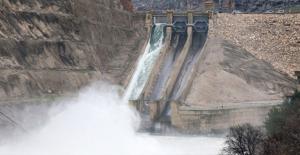 Bakan Kurum: Dicle Barajı'nda Olası Bir Taşkın İçin Kriz Masası Oluşturuldu