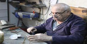 İzmir'in Son Deniz Feneri Ustası Talep Gelmeyince Mesleğini Değiştirdi