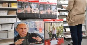 Sporcuları, Pop Yıldızlarını Geride Bıraktı! Putin Takvimleri Japonya'da Yok Satıyor