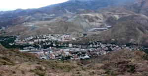 Yapımı Devam Eden Yusufeli Barajı Nedeniyle Sular Altında Kalacak Olan Yusufeli İlçesi 7. Kez Taşınacak
