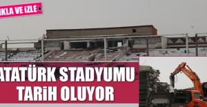 Atatürk Stadyumu Tarih Oluyor