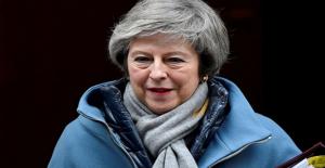 Theresa May: 29 Mart'ta AB'den kesin olarak ayrılacağız