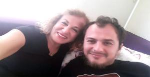 Ünlü Yönetmen Orçun Benli'nin Annesi Trafik Kazasında Hayatını Kaybetti