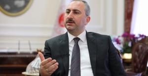 Adalet Bakanı Gül: FETÖ operasyonlarının devamı gelecek
