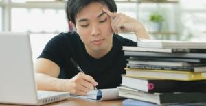İzleyenleri Ders Çalışmaya Motive Ettiğini İddia Eden Garip Trend: Study With Me