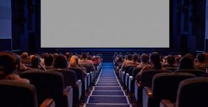 Sinema sektörüne destekler yerli film ve seyirci sayısını 20 kat artırdı