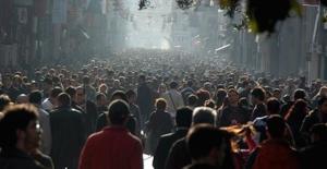 TÜİK, Türkiye'nin Mutluluk Oranlarını Açıkladı (Ciddi Bir Düşüş Var)