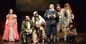 """Bursa'da """"Uluslararası Balkan Ülkeleri Tiyatro Festivali"""" başladı"""