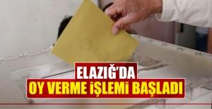 Elazığ'da Oy Verme İşlemi Başladı