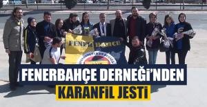 Fenerbahçe Derneği'nden Karanfil Jesti