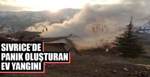 Sivrice'de Panik Oluşturan Ev Yangını