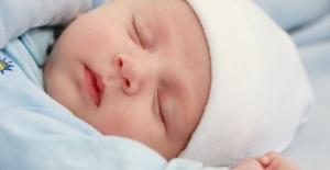 Yeni Doğan Bebeklere Yapılan Yanlışlar
