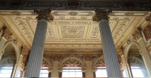 Dolmabahçe Sarayı Süfera Salonu Restore Ediliyor