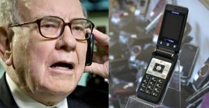 Milyarlarca Doları Var ama Kullandığı Telefon Şaşırtıyor