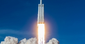 NASA Yöneticisine Göre Ay'a Falcon Heavy Roketini Kullanarak Ayak Basmak Mümkün