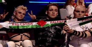 Eurovision Şarkı Yarışması'nda Madonna'nın Dansçısı Filistin Bayrağıyla Sahneye Çıktı