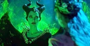 Maleficent'in Devam Filmi Mistress of Evil'den İlk Fragman Geldi