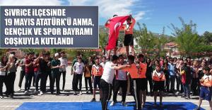 Sivrice'de 19 Mayıs Atatürk'ü Anma, Gençlik ve Spor Bayramı Kutlandı